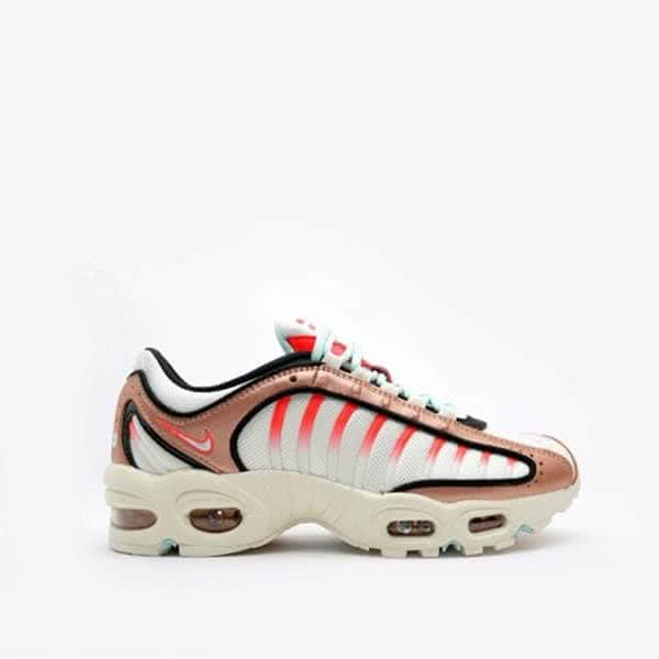Кроссовки Nike WMNS Air Max Tailwind IV (CT3427-900)
